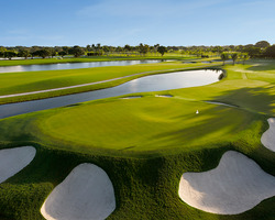Golf Vacation Package - Doral Red Tiger Course